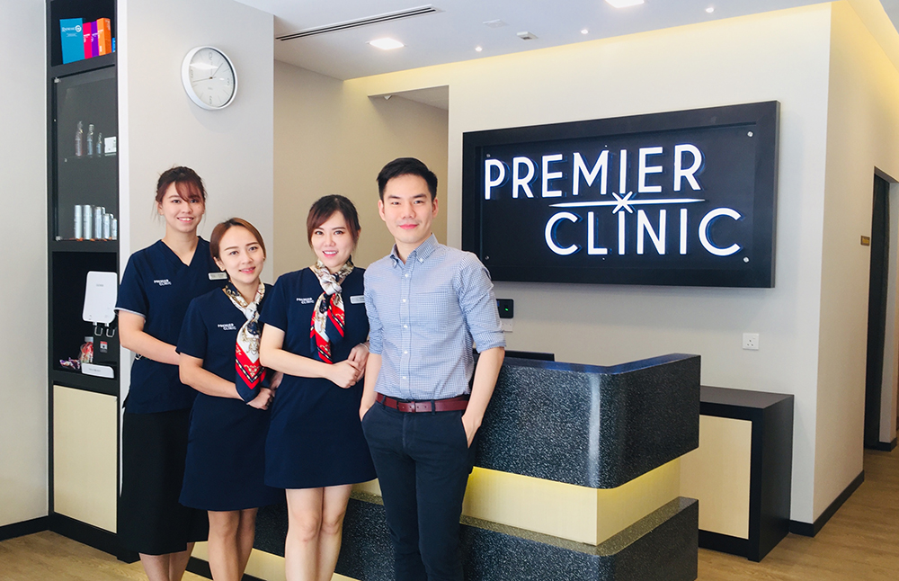 Premier Clinic Dr Foo with his Mont Kiara Team